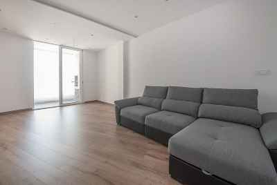 Reformed spacious apartment in suburbs of Barcelona